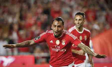 Benfica v Borussia Dortmund - Champions League