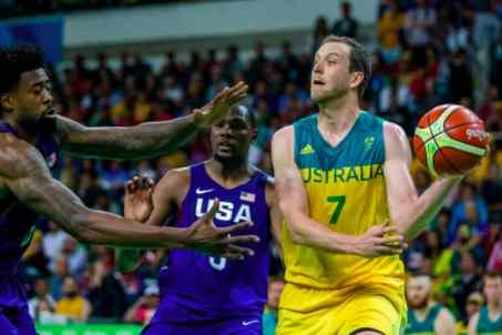 12Aug USA survive first real test of Rio 2016 men's basketball for C