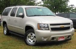 800px 2007 Chevrolet Suburban LT 07 10 2010 1