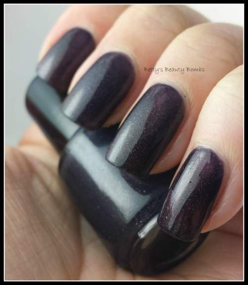 Pretty-and-Polished-Animagi-Swatch