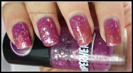 Essence-The-Awesome-Swatch