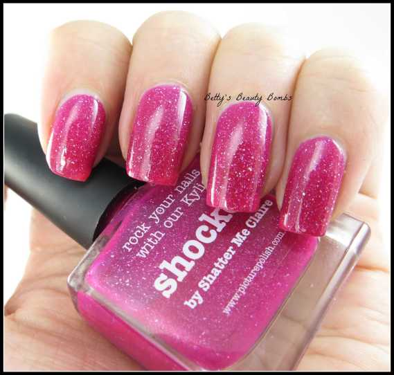 Picture-Polish-Shocked-Swatch