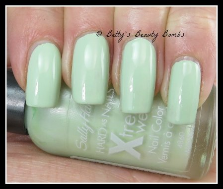 sally-hansen-mint-sorbet