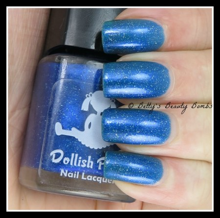 dollish-polish-it's-bigger-on-the-inside-swatch
