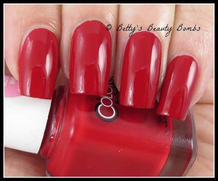 color-club-red-handed-swatch