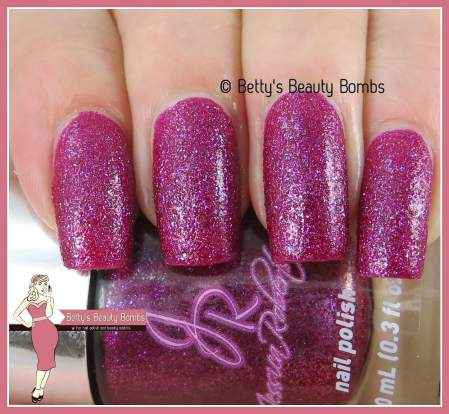 jessica-robertson-berry-sand-swatch