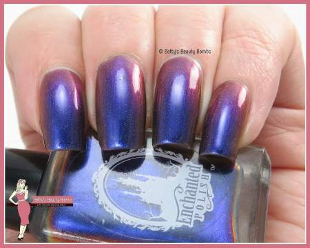 enchanted-polish-octopus's-garaden-swatch