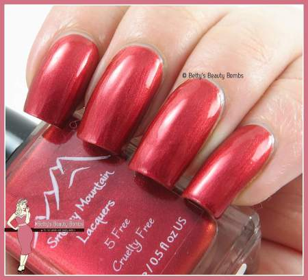 smokey-mountain-lacquer-better-shape-up-swatch