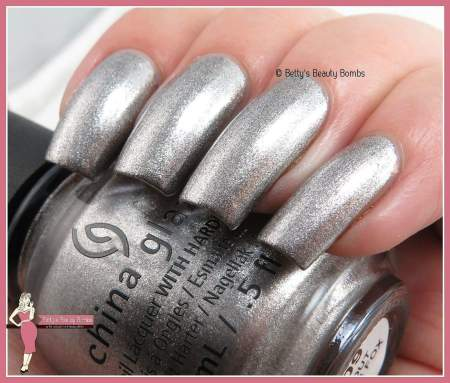 china-glaze-check-out-the-silver-fox