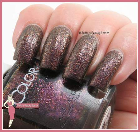 color-club-fierce-swatch