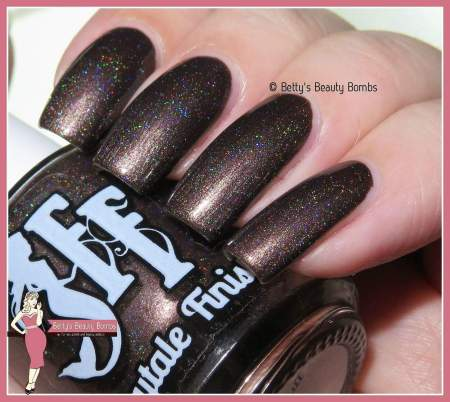 fairytale-finish-choc-full-o-holo-swatch