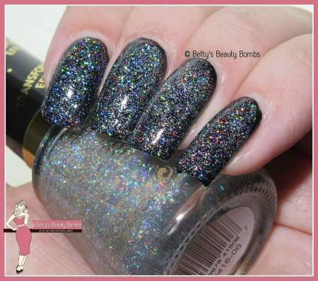 revlon-holographic-pearls-swatch