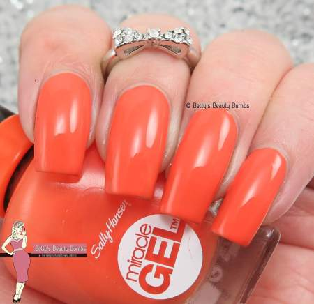 sally-hansen-electra-cute-swatch