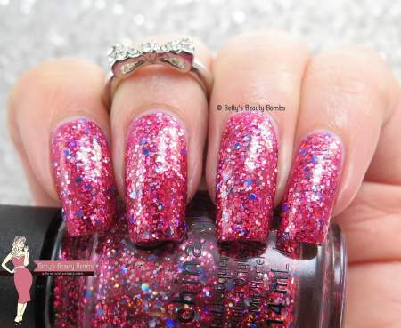 china-glaze-ugly-sweater-party-swatch
