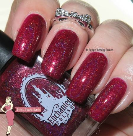 enchanted-polish-holiday-2015-with-flash