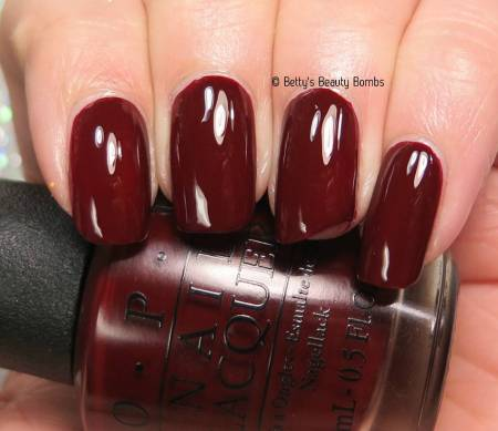 opi-cant-read-without-my-lipstick