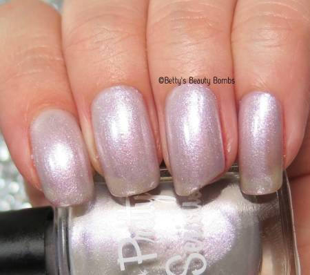 pretty-serious-fairy-lights-swatch