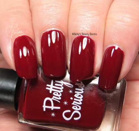 pretty-serious-verry-merry-berry-swatch