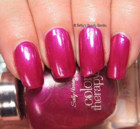 sally-hansen-robes-and-rose-swatch