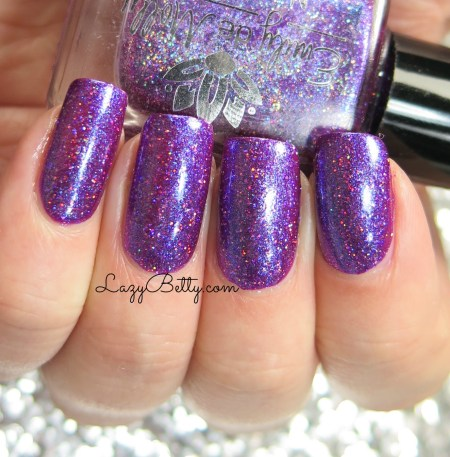 emily-de-molly-quest-for-immortality-swatch