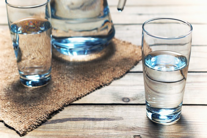 Dehydration 6 Ways to Avoid a Bloated Belly. What foods are secretly causing that bloating? And what foods can combat it?