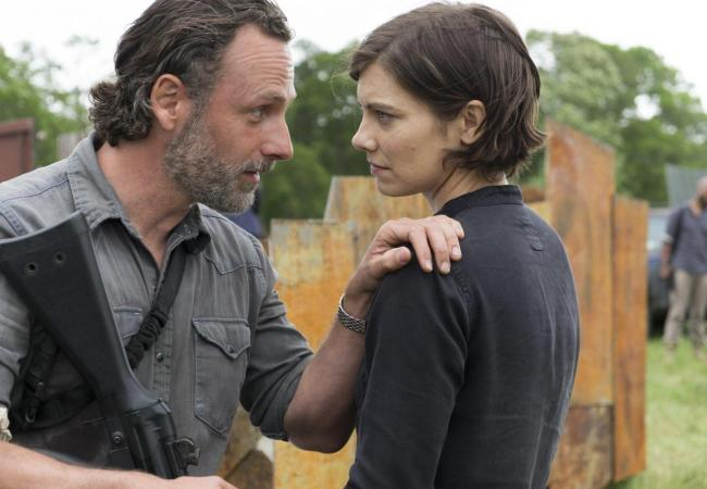 the-walking-dead-episode-801-rick-maggie-mercy