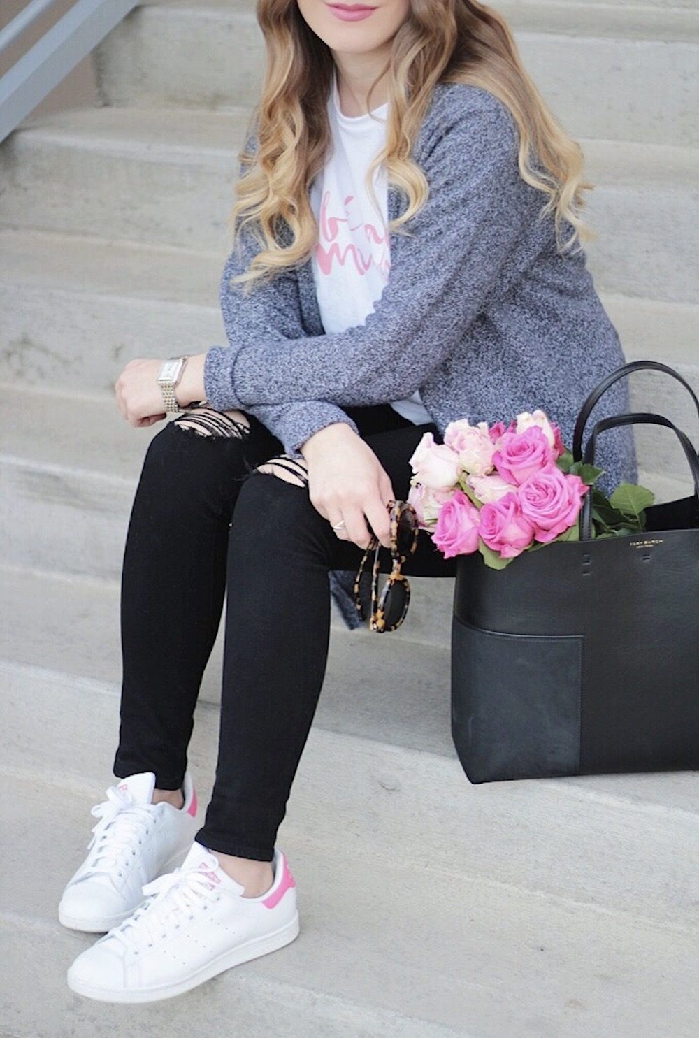 casual style sincerely jules tee fashion blogger rachel puccetti