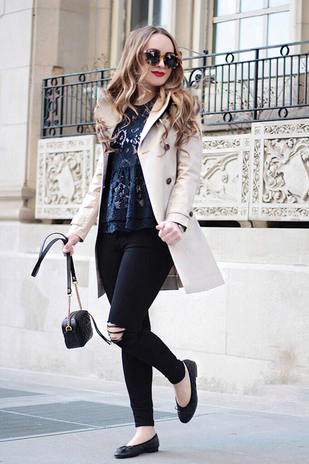 trench coat style fashion blogger rachel puccetti between two coasts