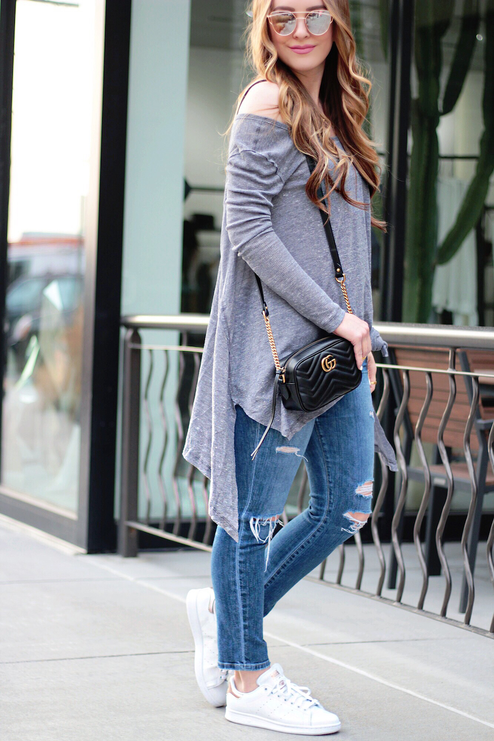 spring style knotted tee rachel puccetti between two coasts