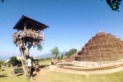 Rumah pohon desa Batu Dawa Karangasem