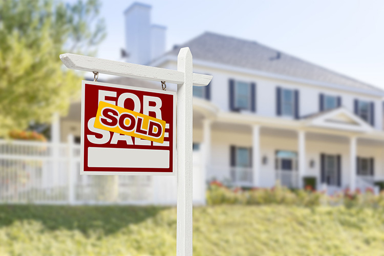 Consider these four must-have traits for your future listing agent: