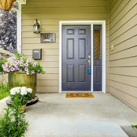 3 Cheap and Easy Ways to Improve Your Cold-Weather Curb Appeal