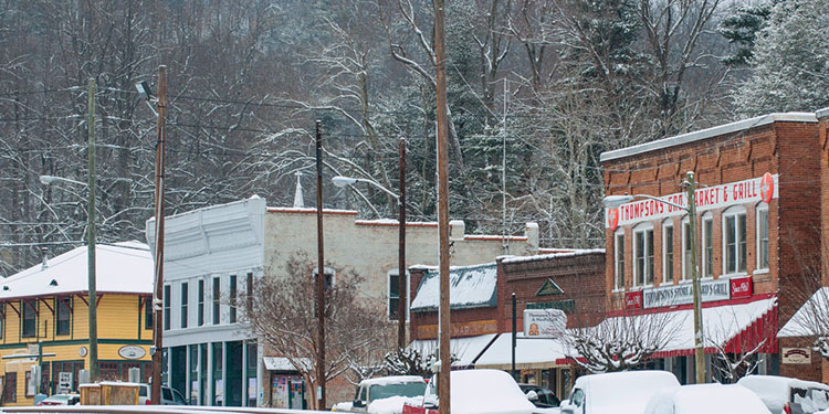 Beverly-Hanks Open House during the Saluda Hometown Christmas