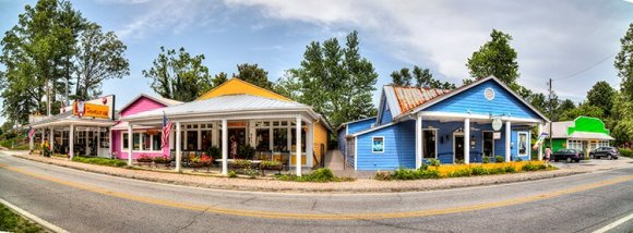 3 Unique Entertainment Opportunities in Flat Rock, NC