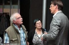 Wethouder Eerdmans in gesprek op bewonersavond over AZC