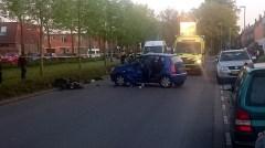 Ongeval scooter vs auto op de Rhijnhauwensingel