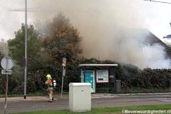 Tuinhuis in brand, Beverwaardseweg