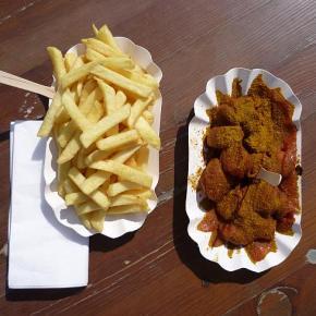 Der große Frankfurter Currywurst-Test: Heute: Teil V – Frankfurter Worschtbörse – Osloer Straße