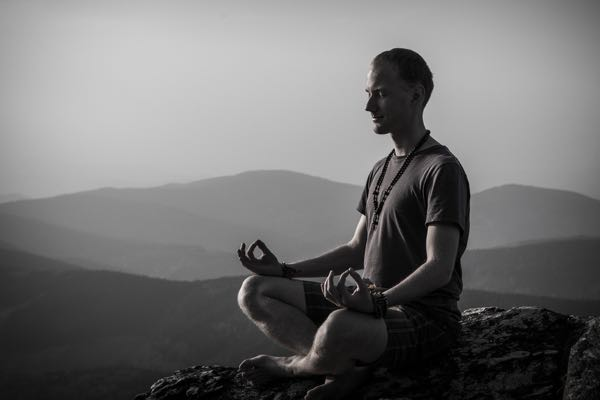maskulin mand meditation