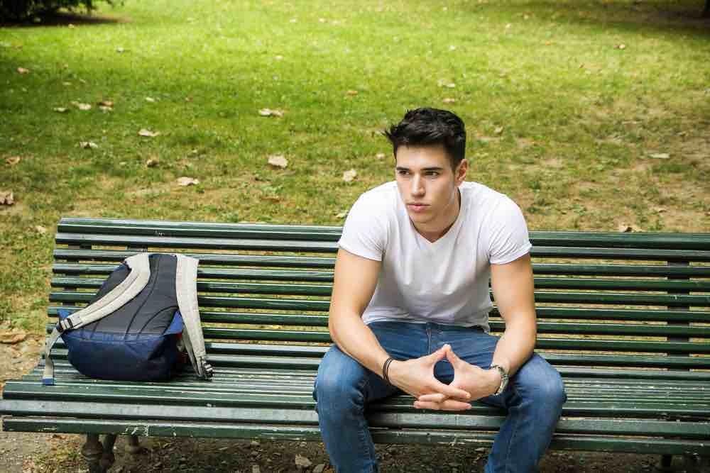 dating en pige, der aldrig har været i et forhold hvordan man får en fyr til at reagere på din online dating profil