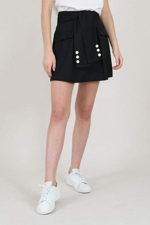 Jupe noire courte marque Lili Sidonio.
