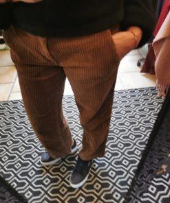 Pantalon velours grosses cotes marron marque Happy.