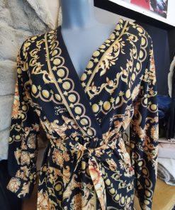 Robe longue noire avec motifs