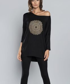 Pyjama noir collection hiver avec manches longues.
