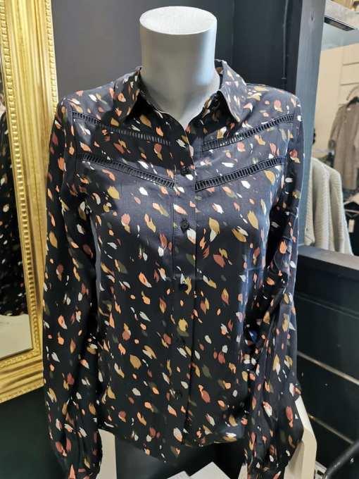 Chemise noire à motifs Victoria