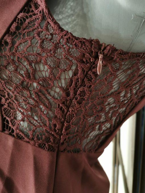Robe bordeaux sans manches molly bracken.