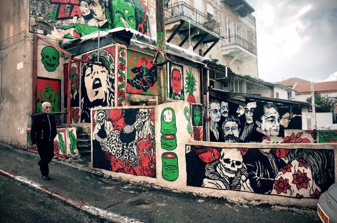 Broken Fingaz street art