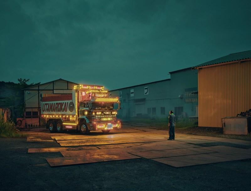 "La ""Dekotora"", pratique de transformation de camions capturée par Todd Antony"