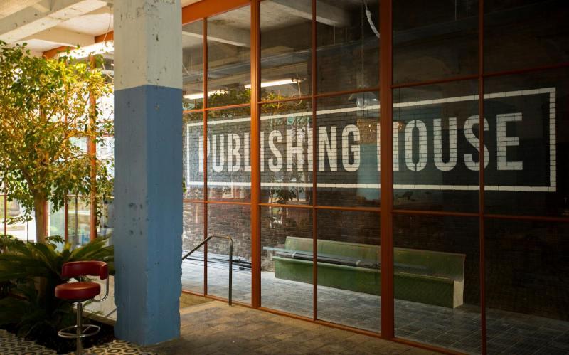 publishing house au Stamba hôtel