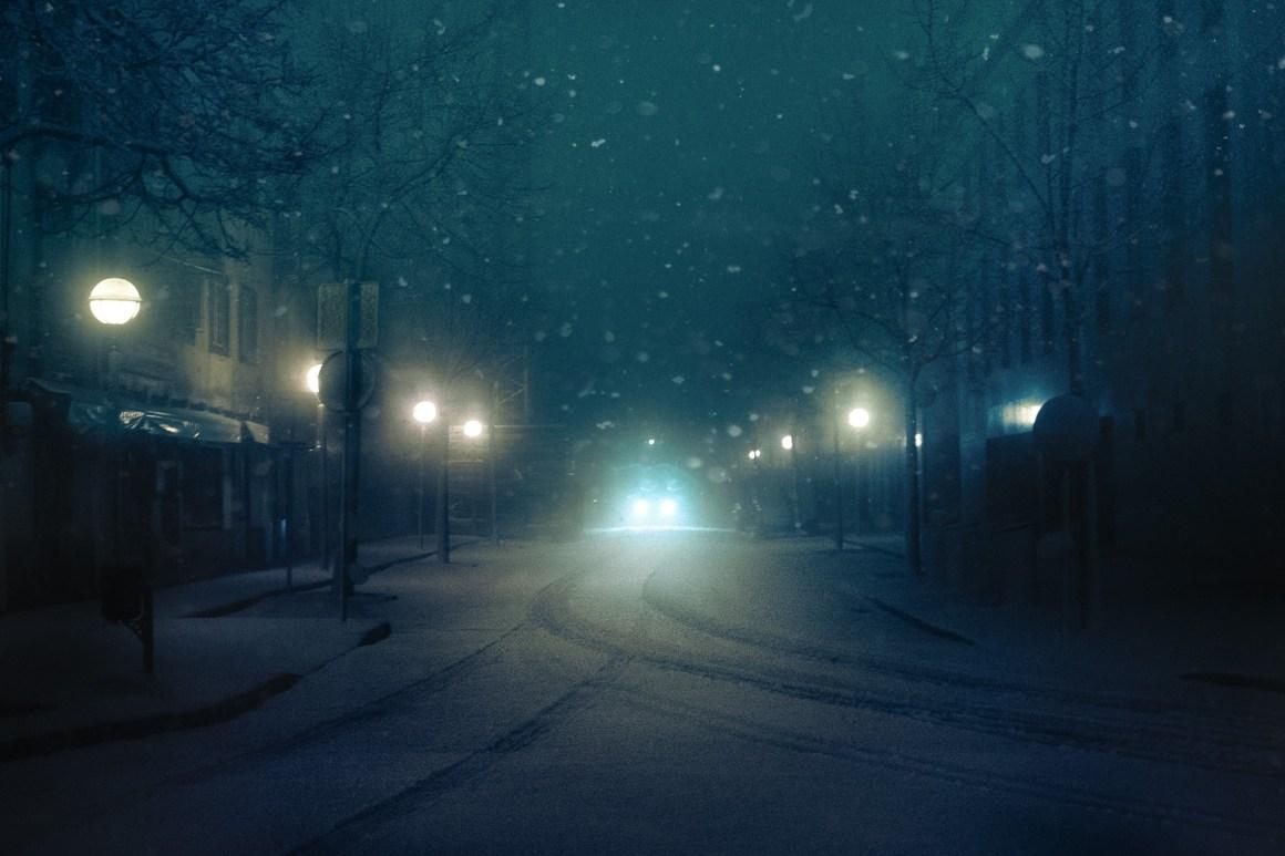 Les flocons de neige plus petits que les lampions